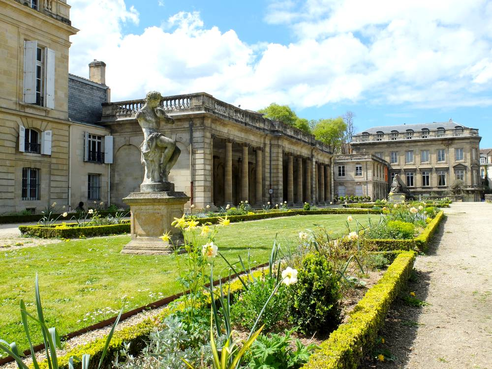 bordeaux-statues-jardin-public_blog detours du monde