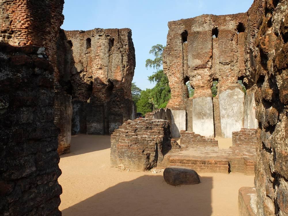 palais royal polonnaruwa