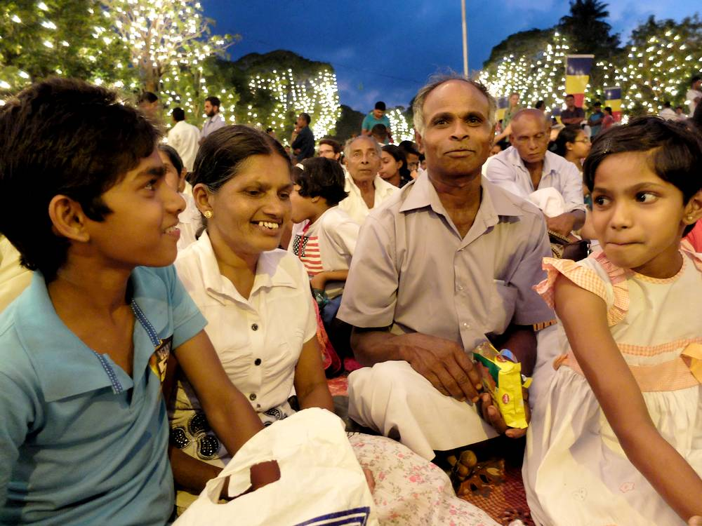 kandy festival family