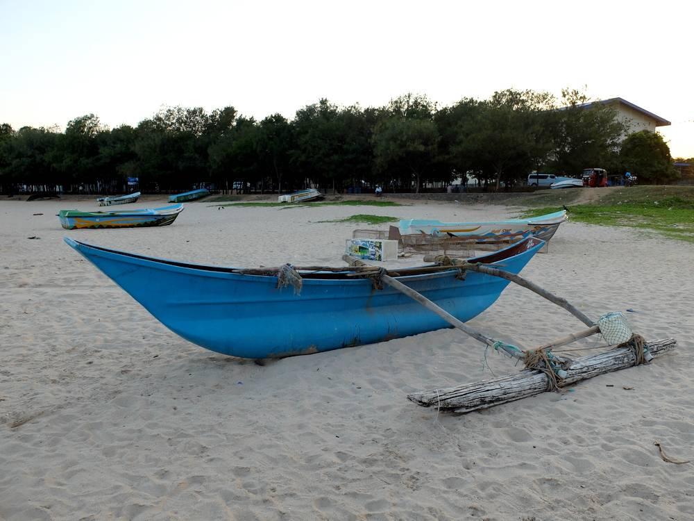 trincomalee central beach