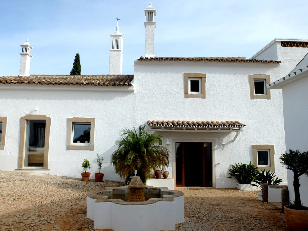 farmhouse of the palms